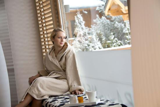Spa des Neiges by Clarins